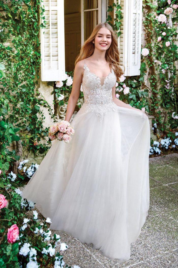 Braut fit am Tag der Hochzeit - Brautkleid 1142 AD Sweetheart-Gowns